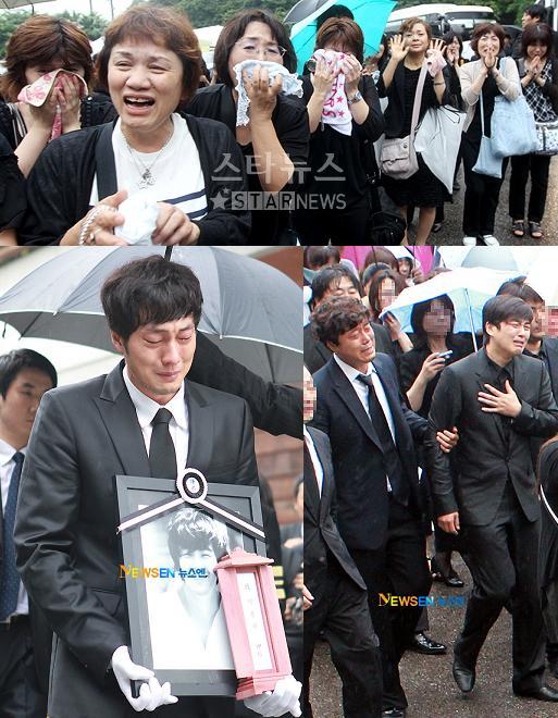 Mourners Bid Actor Park Yongha Last Farewell K Bites